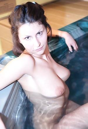 Free Teen Sauna Porn Pictures