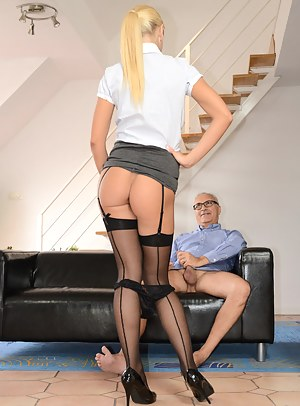 Free Teen Seduction Porn Pictures